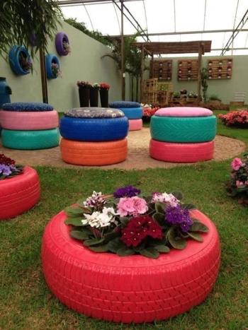 gumiabroncs kerti szék